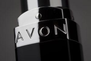 برند ایوان (Avon) جزء ۵ برند برتر دنیا در لوازم آرایشی