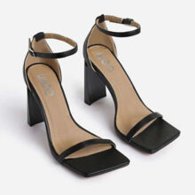 کفش ACE SQUARE برند Ego مدل Ace Square Toe Flared Heel In Black Faux Leather
