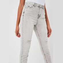 برند Missguided مدل light grey sinner highwaisted distressed skinny jeans