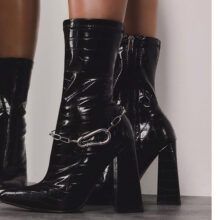 پوتین زنانه Chesta boot برند Ego مدل Chesta Block Heel Ankle Boot In Black Croc Print Faux Leather