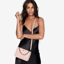 کیف زنانه برند Victoria secret مدل Chevron Quilt 24/7 Crossbody