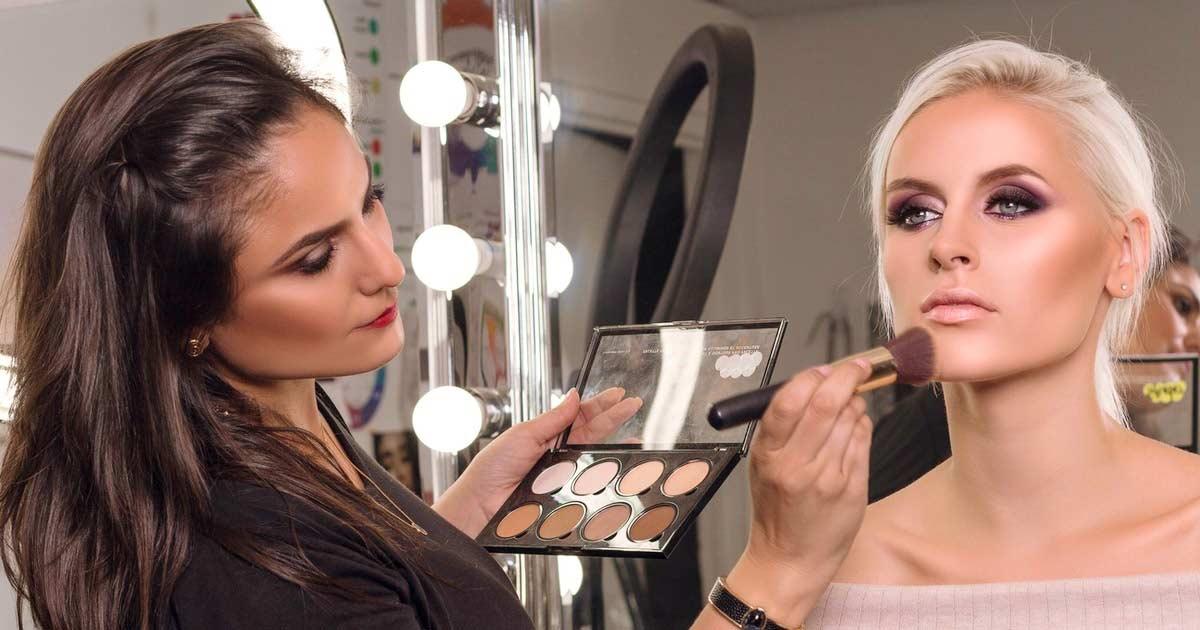 سلبریتیها از چه مارکهای آرایشی استفاده میکنند؟
