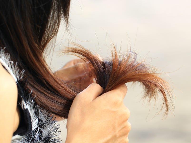 مزایای وازلین برای مو (مرطوب کردن و جلوگیری از موخوره)