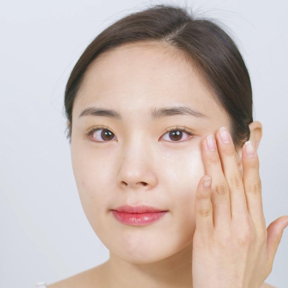 کرم مرطوب کننده پوست چرب و مستعد جوش کلینیک آ استوری درم Storyderm Clinic-A | آبرسانی، بدون چربی، تسکین دهنده و کاهش التهاب آکنه