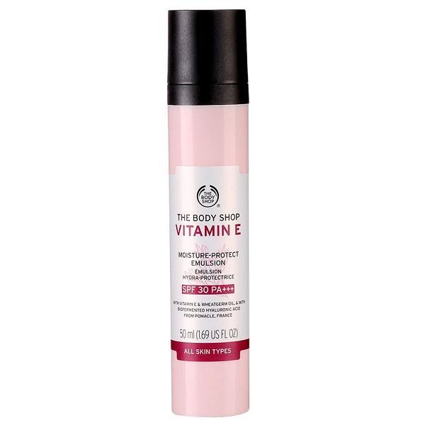 ضد آفتاب آبرسان و مرطوب کننده ویتامین E بادی شاپ با SPF30 حجم 50 میل | مخصوص پوست خشک