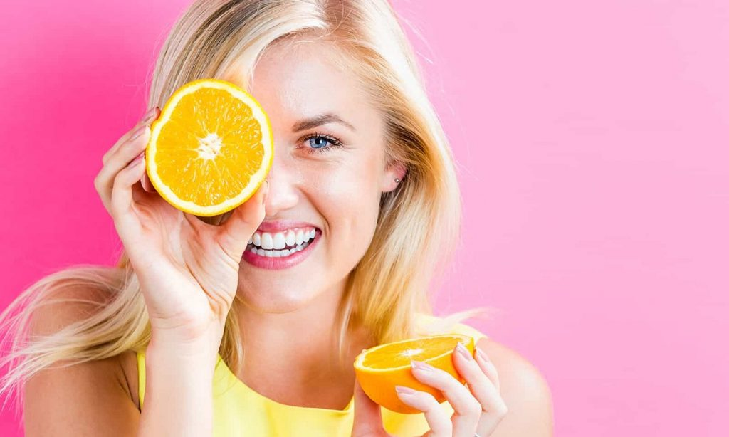 خواص سرم ویتامین سی برای پوست چیست؟